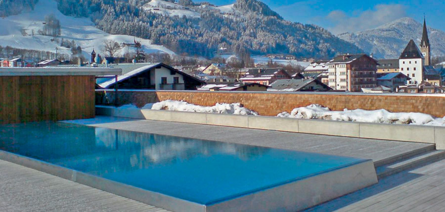 Austria_Kitzbuhel_Hotel-Schwarzer_Adler_outdoor_pool2.jpg